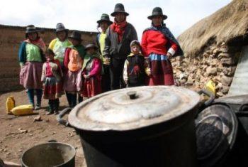 """TRISTE FINAL DE LA """"INCLUSION SOCIAL"""":  LA POBREZA BAJO 0.9% EN EL 2015"""